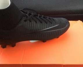 Botín Nike calce 40