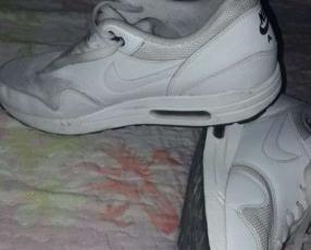 Champion Nike air max