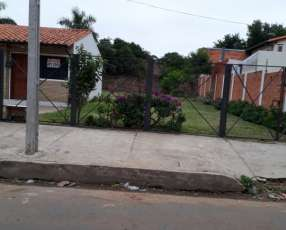 Casa frente a la Universidad Católica Asunción