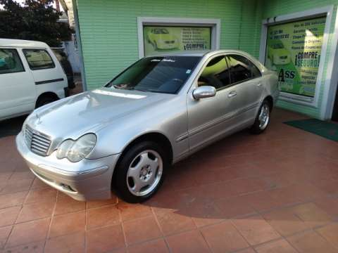 Mercedes Benz C220 CDI 2001 chapa definitiva en 24 Hs
