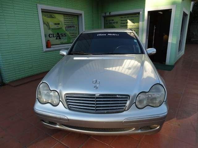 Mercedes Benz C220 CDI 2001 chapa definitiva en 24 Hs - 1