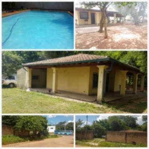 Casa con piscina en Ñemby zona Pa´i Ñu - 2