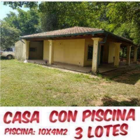 Casa con piscina en Ñemby zona Pa´i Ñu - 3