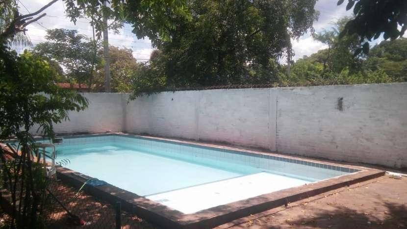 Casa con piscina en Ñemby zona Pa´i Ñu - 6