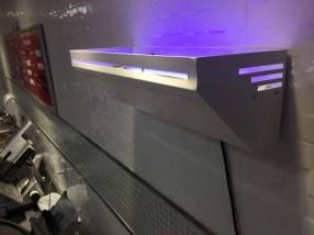 Trampa mata moscas Luz UV y Lámina Adhesiva UV-Trap
