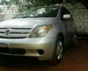 Toyota ist 2004 motor 1.300 recién importado