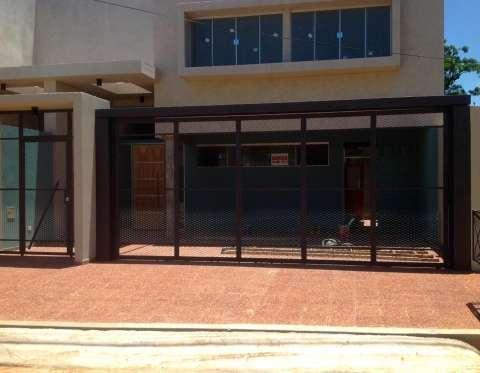 Duplex en Villa Adela detrás de la Conmebol - 0