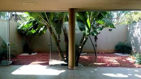 Duplex en Villa Adela detrás de la Conmebol - 5