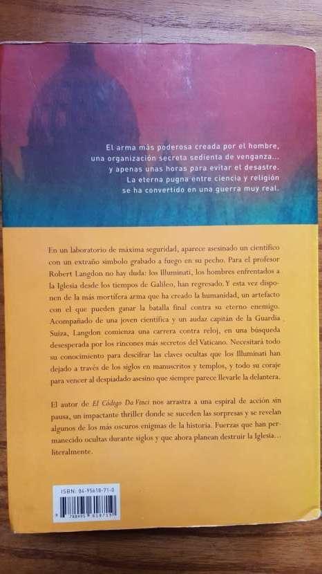 Novela Ángeles y Demonios - 1