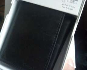 Billetera de cuero Calvin Klein original con llavero