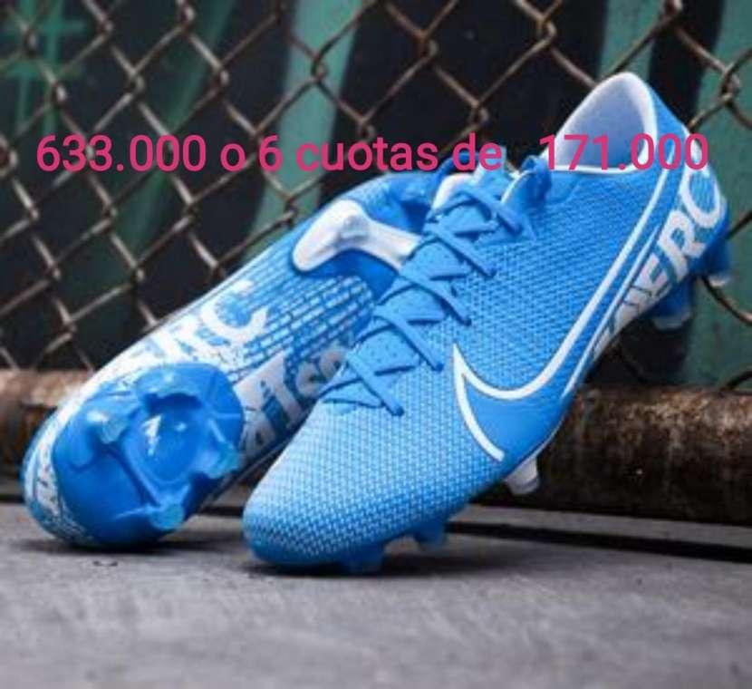 Calzados Nike para damas y caballeros - 0