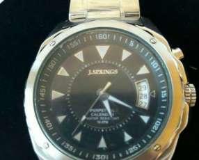 Reloj seiko j.springs original en colores fondo negro y azul