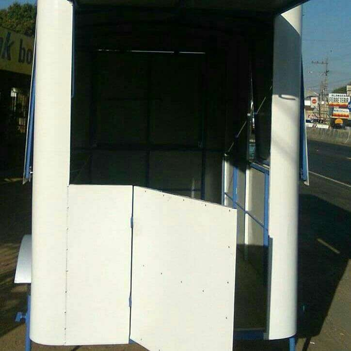 Carros trailers - 1