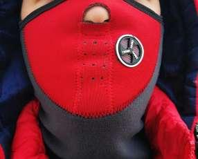 Protector facial contra ollin