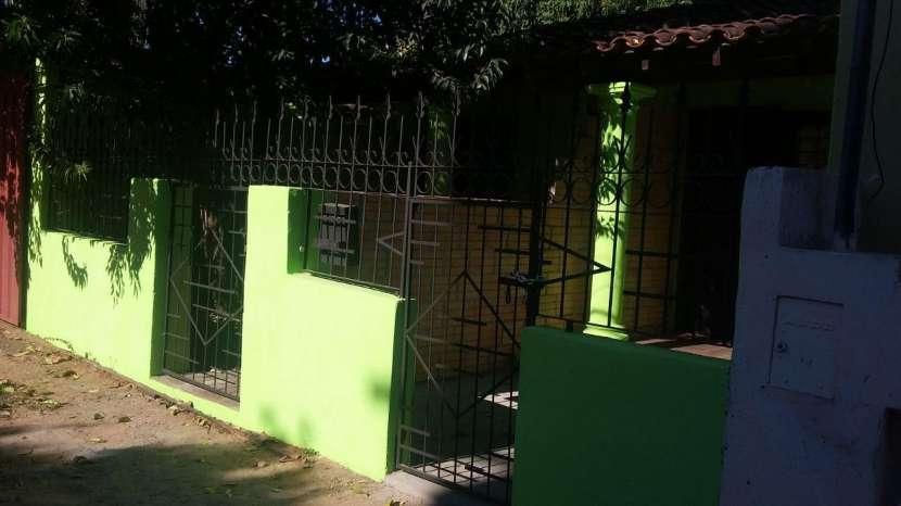 Casa de 4 departamentos individuales zona Salemma - 2