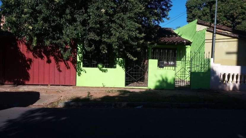 Casa de 4 departamentos individuales zona Salemma - 0