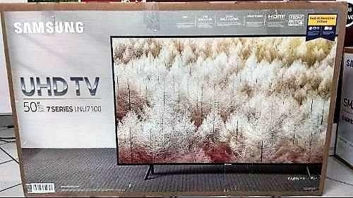 Smart Tv Samsung 50 pulgadas 4K nuevas - 0