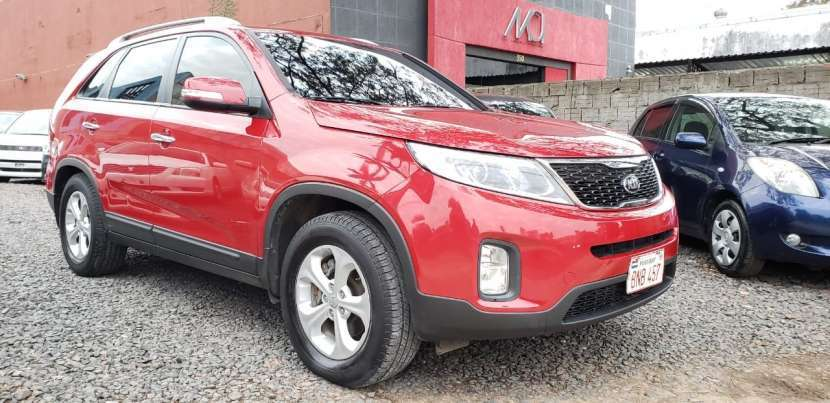 Kia sorento 2013 color rojo - 2