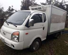 Camión refrigerado Hyundai 2004