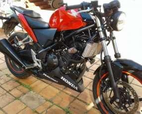 Honda CBR 250 R Street Fighter 2016 DIESA SA