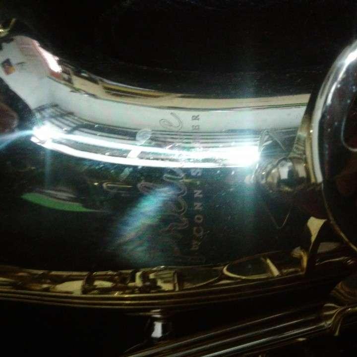Saxofón - 2