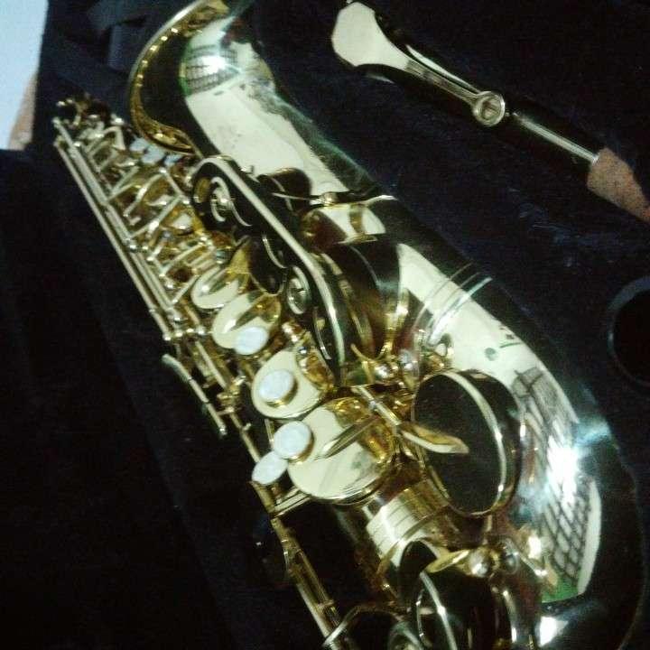 Saxofón - 1