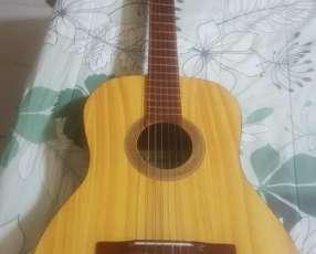 Guitarra La Luqueñita