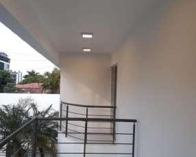 Duplex en Asunción barrio ykua sati.cod b 81