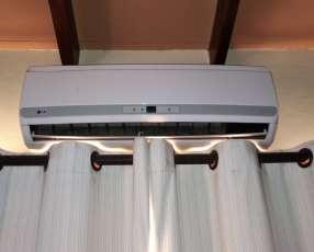 Aire Acondicionado tipo Split Frio Calor 12.000 BTU LG
