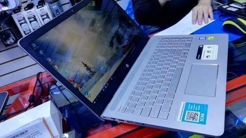 Notebook Hp i7 8va generación con tarjeta gráfica