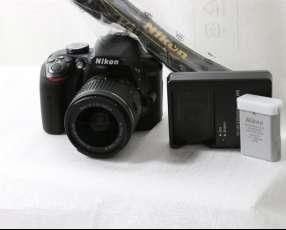 Cámara NiKon D3400 kit Lentes 18-55