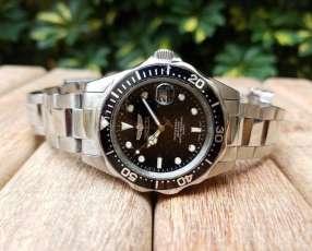 Reloj Invicta plateado