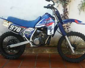 Moto Yamaha DT 200 cc 2 tiempos