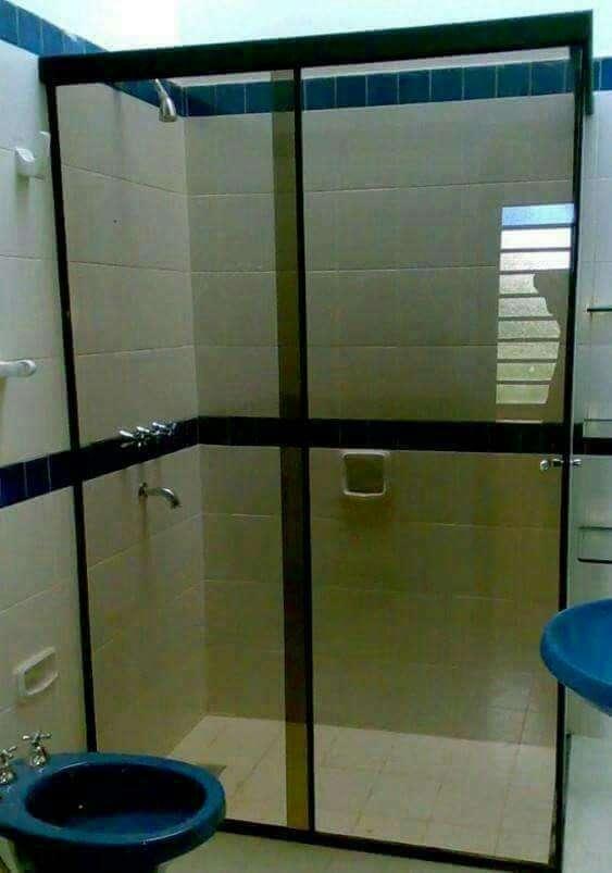 Mamparas de baño - 1
