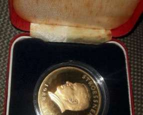 Moneda del Paraguay 1988 en oro