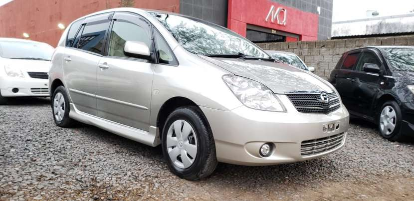 Toyota Spacio 2001 beige Automático oferta