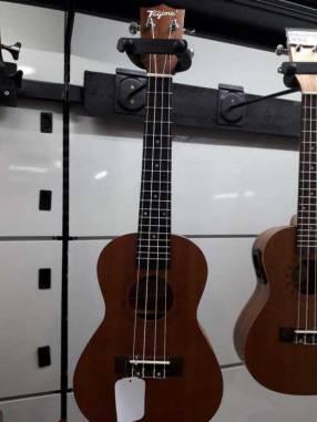 Ukelele clásico y electro acústico