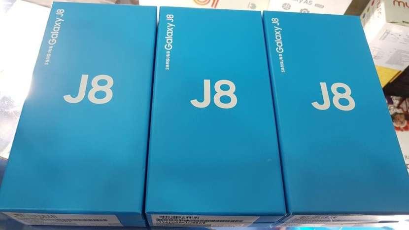 Samsung Galaxy J8 de 32 gb financiado - 0