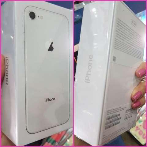 iPhone 8 plus de 64 gb - 2