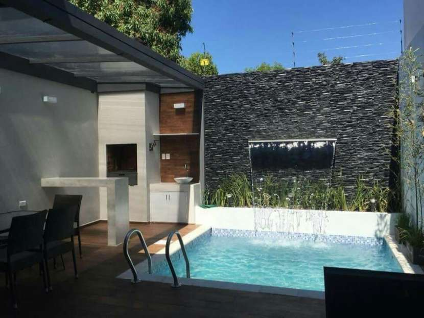 Quincho y piscina - 4