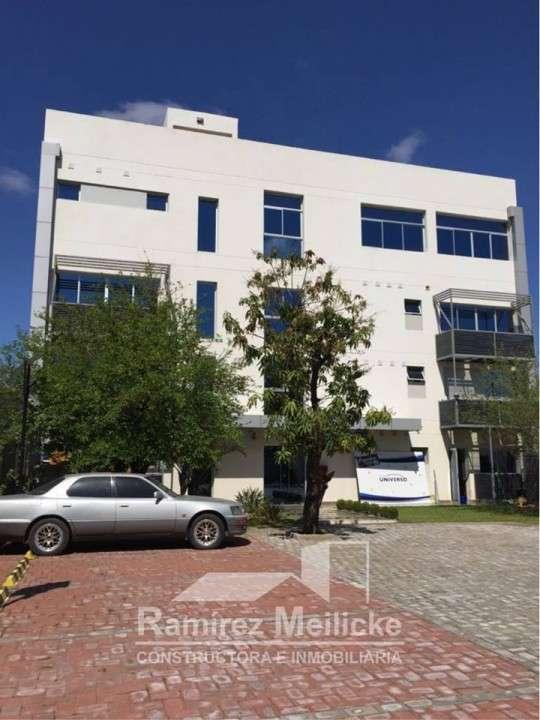 Oficina en Asunción Sobre avda. Aviadores del chaco - 7