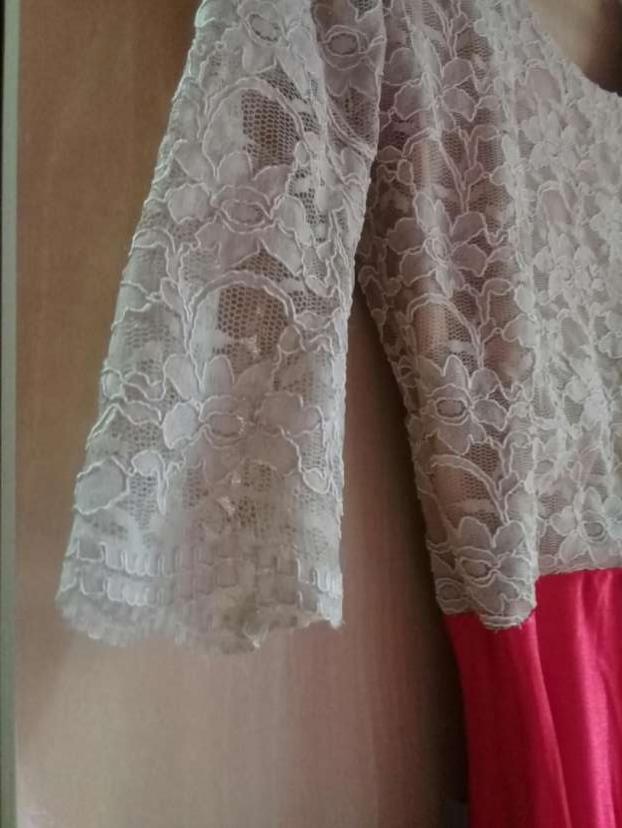 Vestido largo con encaje