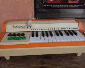Órgano piano analógico