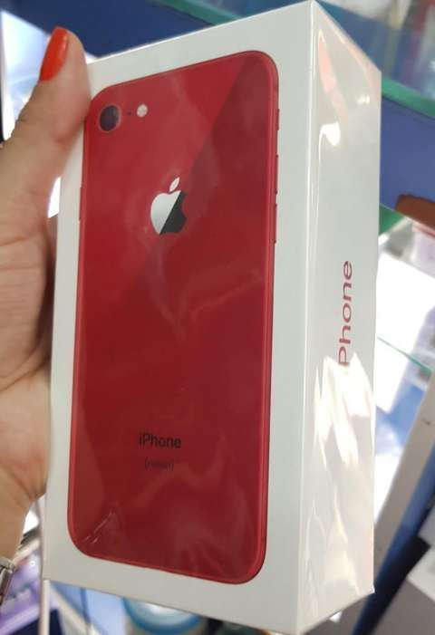 iPhone 8 Red de 64 gb - 0