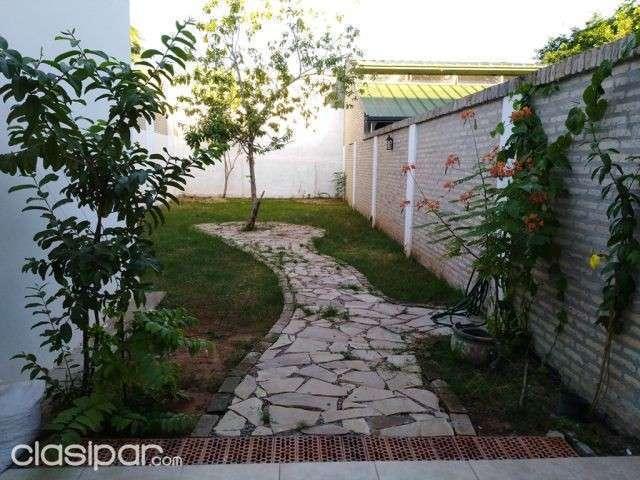 Dúplex zona Norte Fernando de la Mora - 1