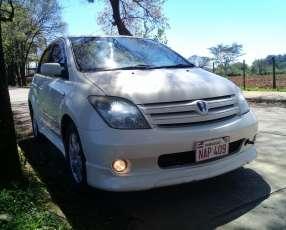 Toyota ist 2002 edición especial