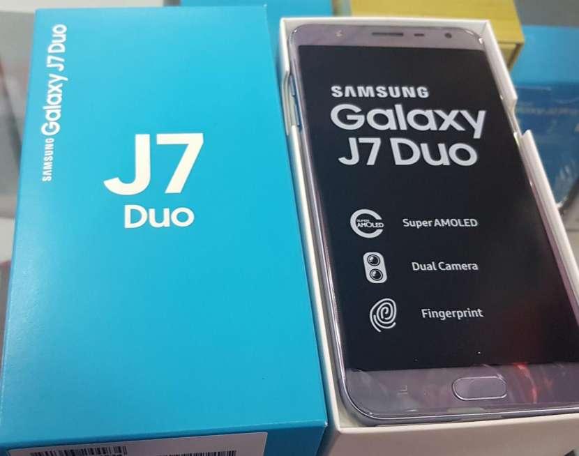 Samsung Galaxy j7 dúo de 32 gb - 0