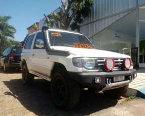 Mitsubishi Montero corto 1998 motor 2500 diésel común 4x4