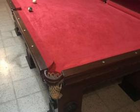 Mesa de pool americana