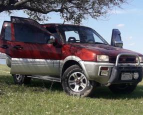 Nissan Mistral 1997 bordó 4x4